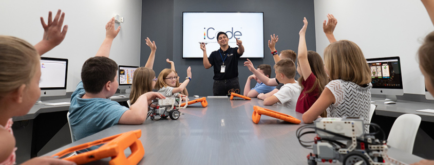 Why You Should Invest in a Tech Education Franchise .
